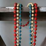 Paper bead necklace - Single