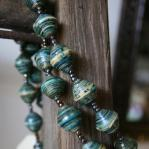 Paper bead necklace - Large